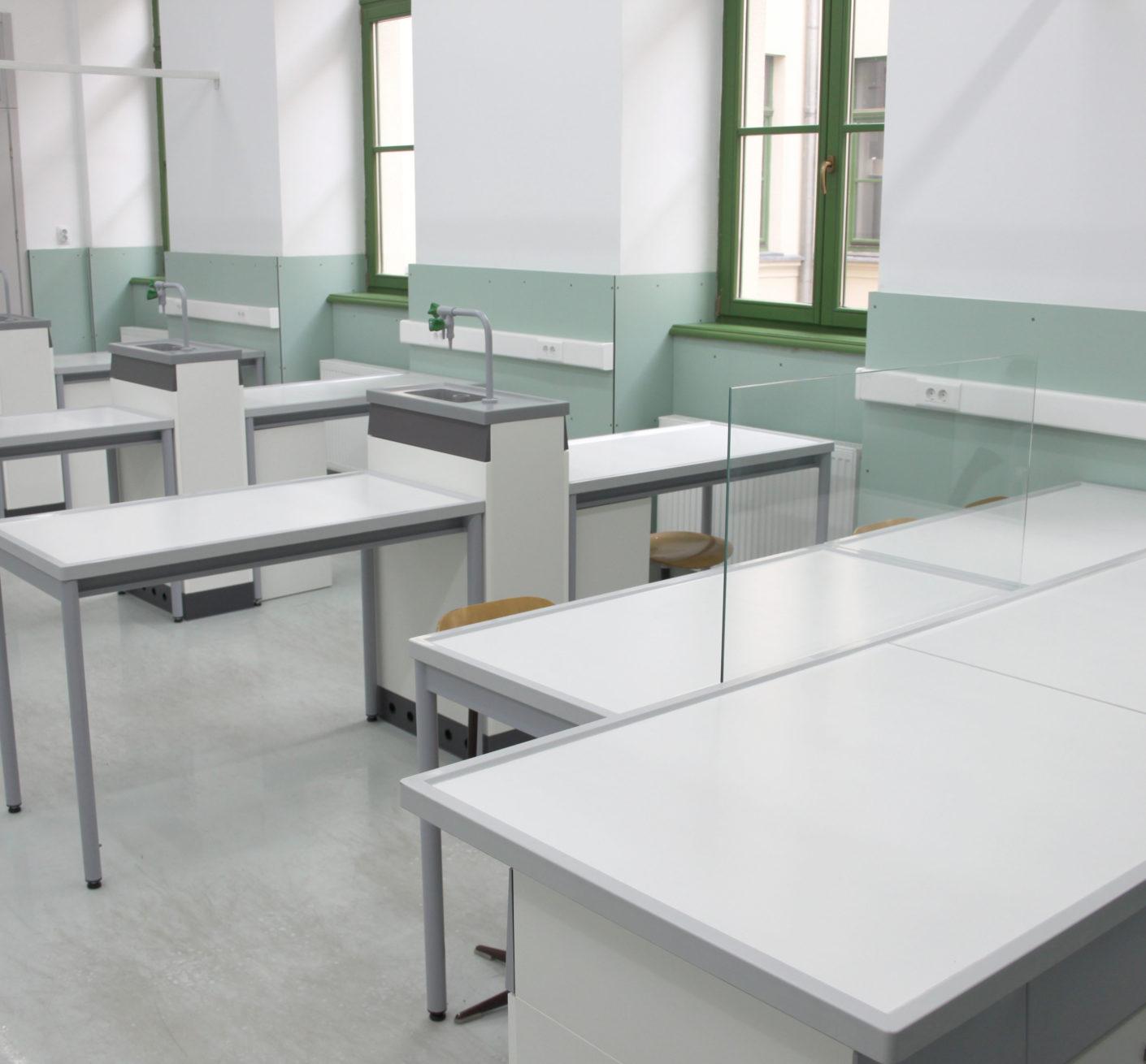 Laborator de Chimie - Liceu