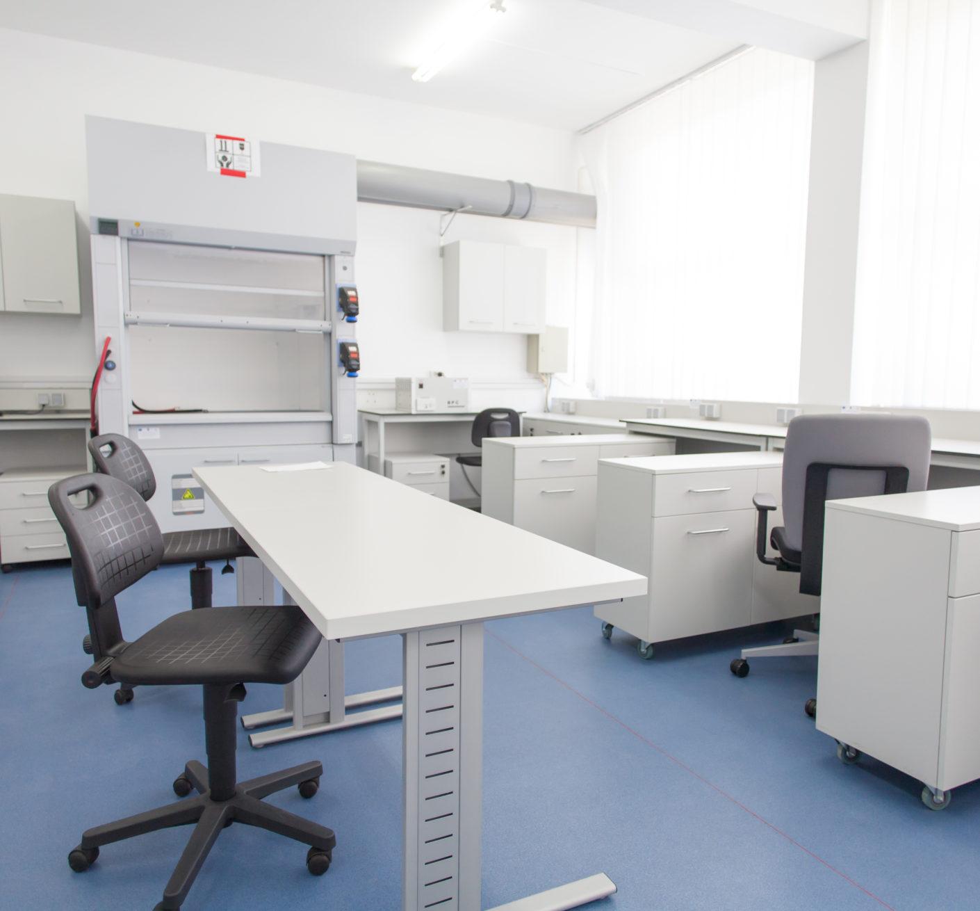Laborator Universitar